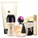 AVON Far Away 5-teiliges Duft-Set EdP Spray, Körpermousse, Duschgel, Deoroller & Taschenspray
